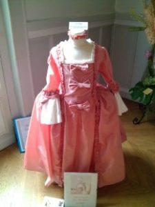 Robe d'après le portrait de Marie Antoinette enfant par Liotard